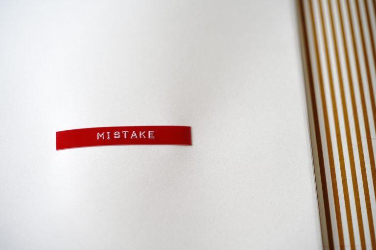 common mistakes label