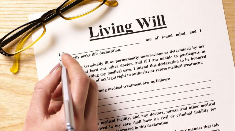Filling out a Living Will, Advance Directive form